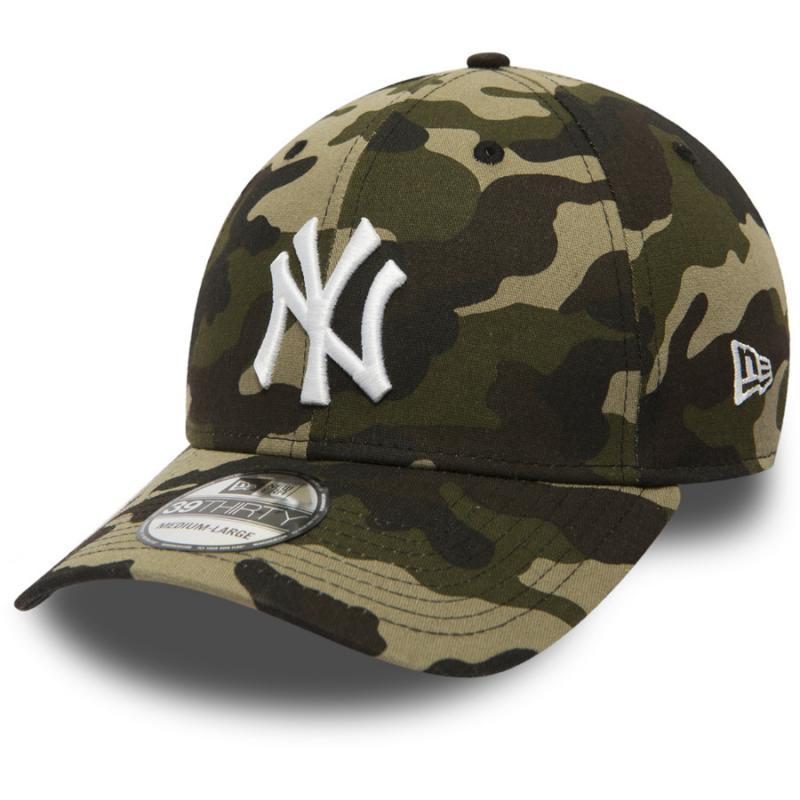 6d7b5977cb0 Kšiltovka NEW ERA 3930 MLB League Essential New York Yankees Camo ...